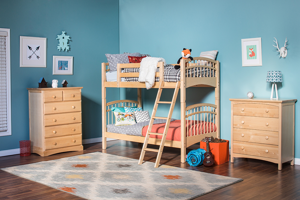 how to decorate a kid 39 s room on a tight budget diy decor